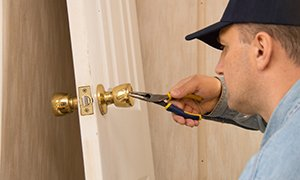 Gold Locksmith Store Norwood, MA 781-203-8085